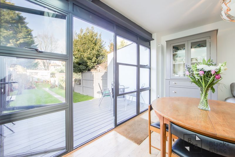 4 bed house for sale in Edward Road  - Property Image 7