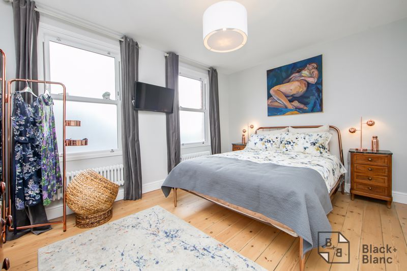 4 bed house for sale in Edward Road  - Property Image 8