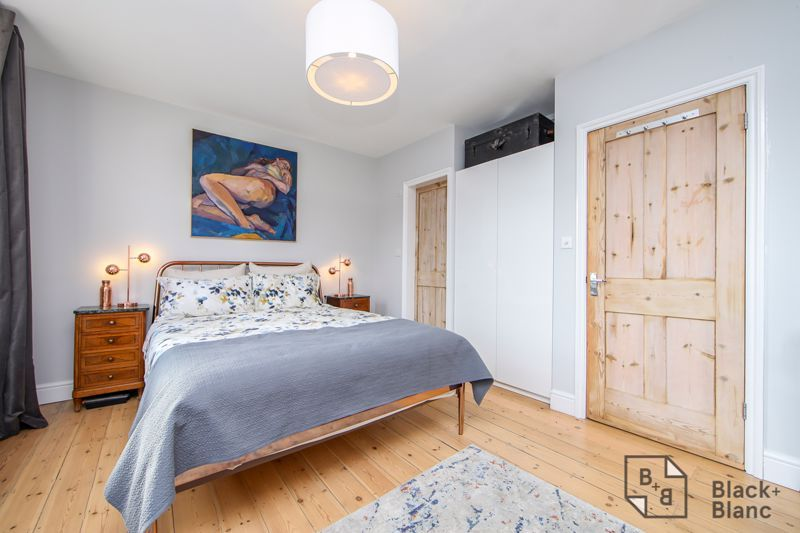 4 bed house for sale in Edward Road  - Property Image 9