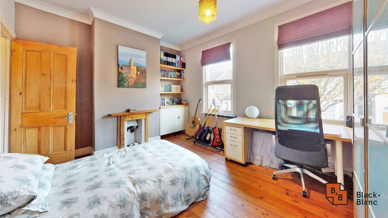 2 bed house for sale in Alexandra Road  - Property Image 8