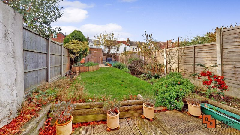 2 bed house for sale in Alexandra Road  - Property Image 10