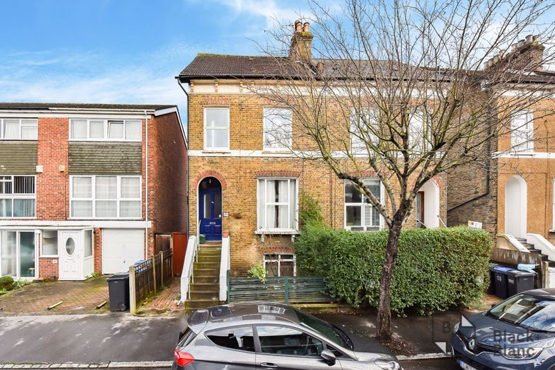 5 bed house for sale in Alexandra Road 15
