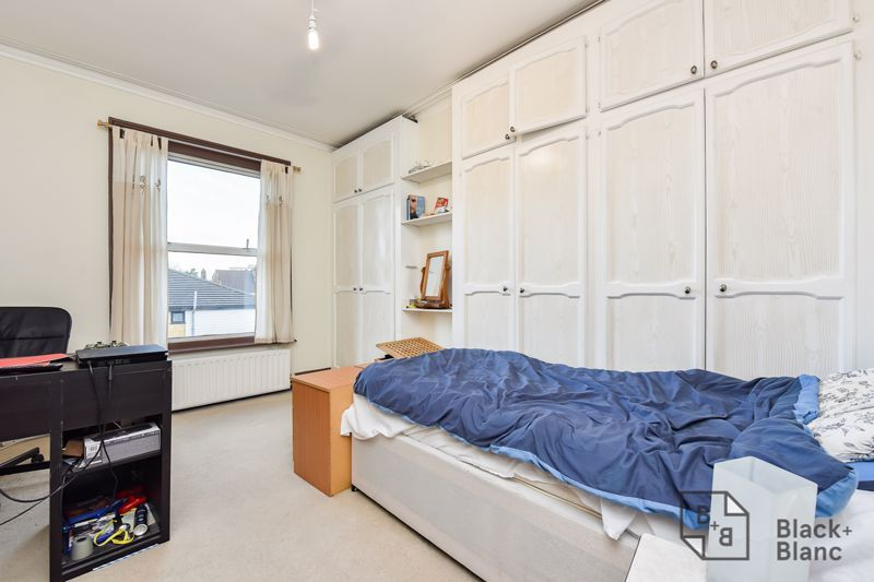 5 bed house for sale in Alexandra Road  - Property Image 10