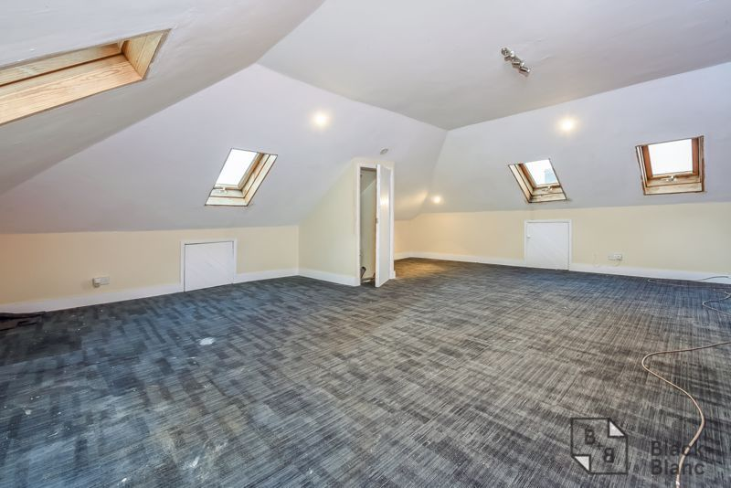 5 bed house for sale in Canning Road  - Property Image 13