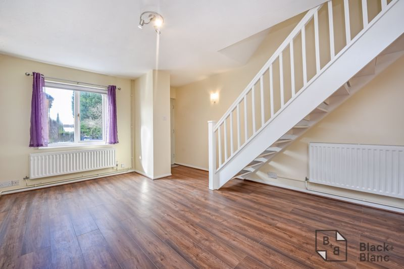 2 bed house to rent in Goodhew Road 2
