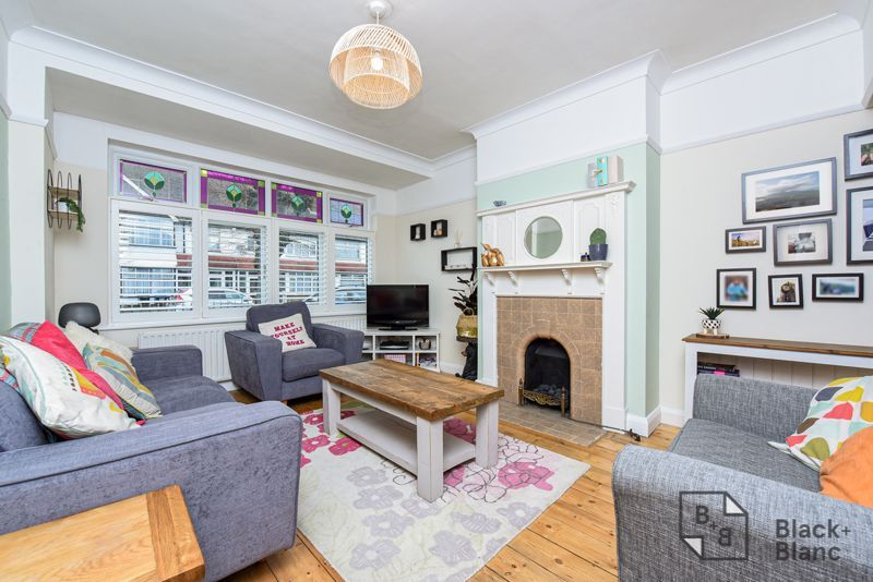 3 bed house for sale in Davidson Road 2