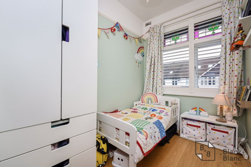 3 bed house for sale in Davidson Road 8