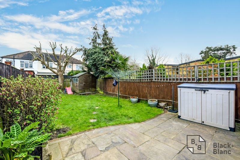 3 bed house for sale in Davidson Road 10