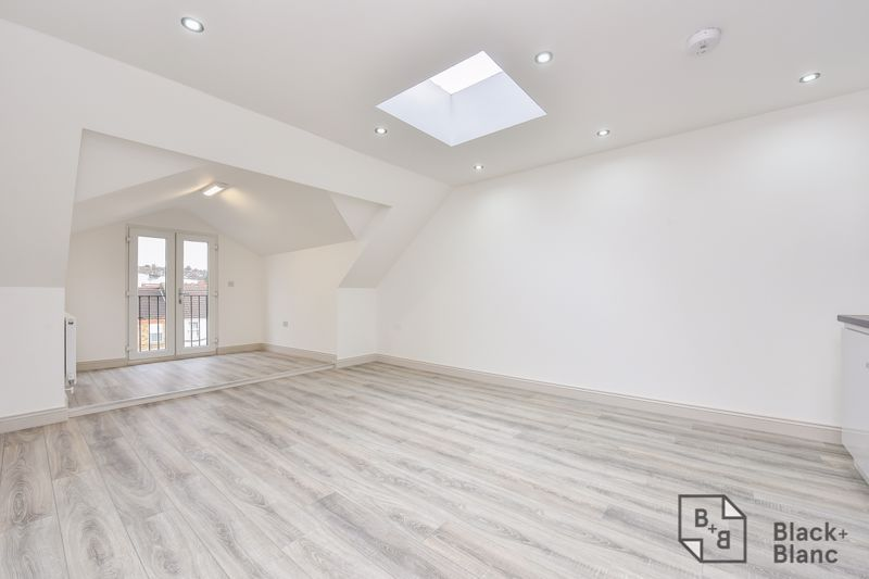 1 bed flat for sale in Norbury Road, CR7