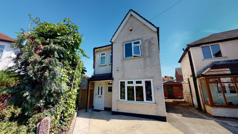 4 bed house for sale in Marden Crescent 16