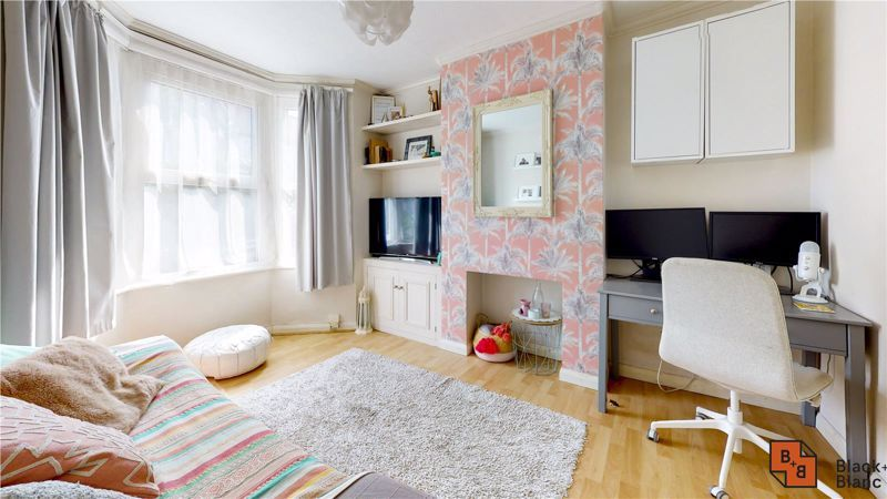 3 bed house for sale in Rymer Road  - Property Image 2