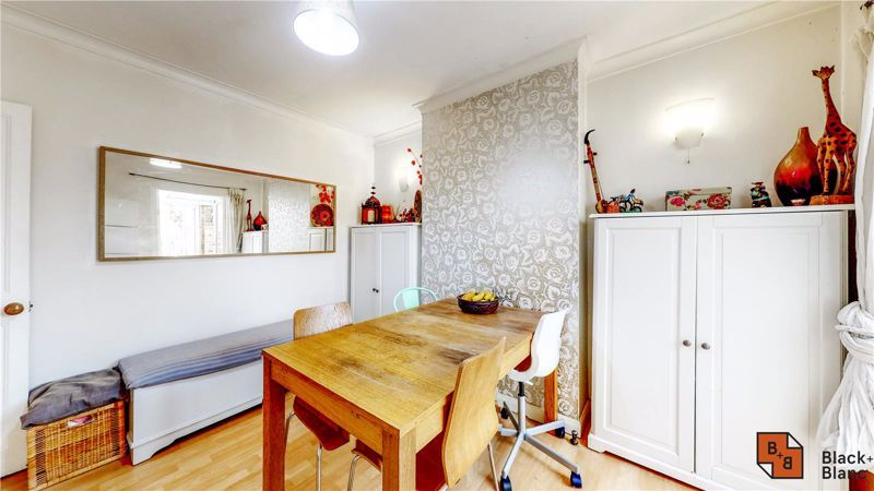3 bed house for sale in Rymer Road  - Property Image 4