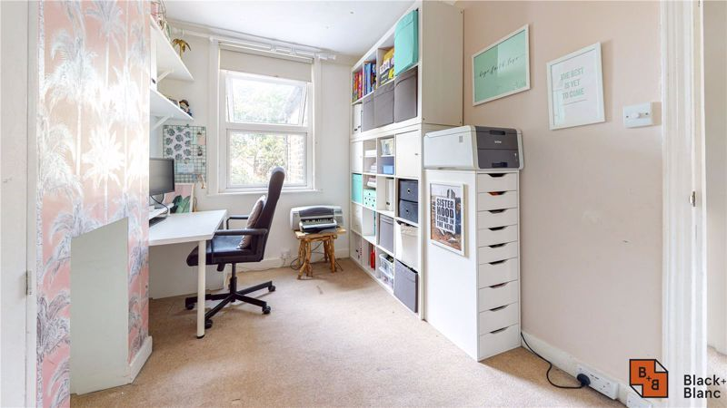 3 bed house for sale in Rymer Road  - Property Image 7