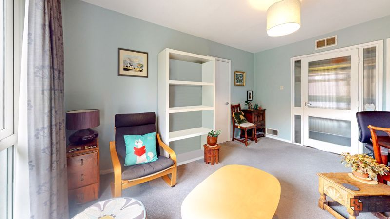 1 bed flat for sale in Maresfield 2