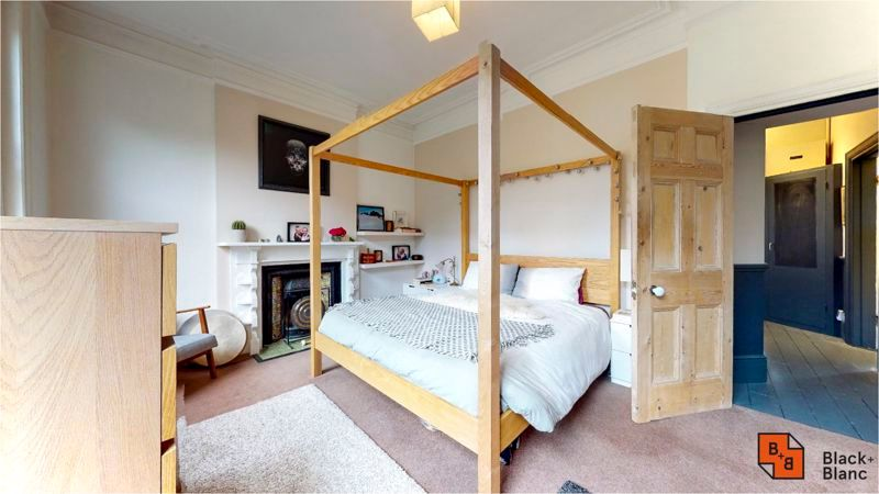 2 bed flat for sale in Harewood Road 6