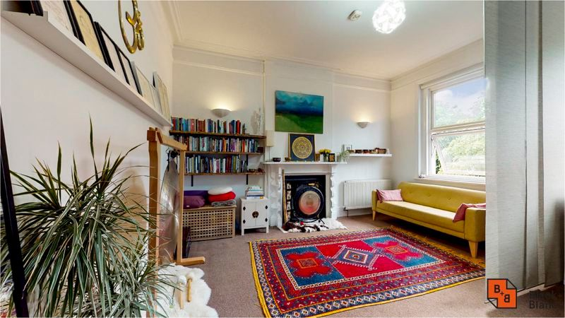 2 bed flat for sale in Harewood Road 7