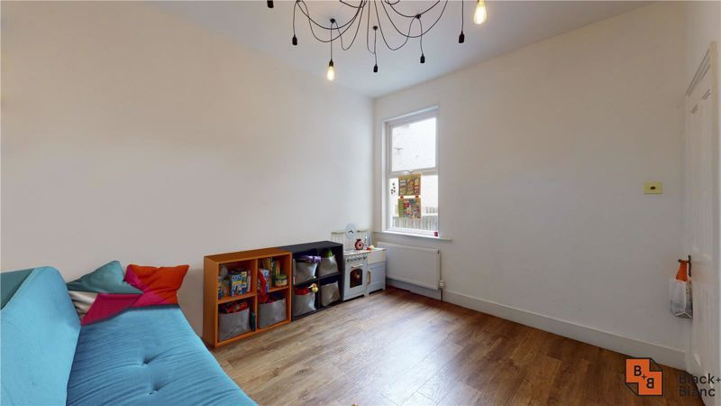 3 bed house for sale in Stretton Road 6