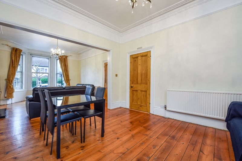4 bed house to rent in Alexandra Road 3