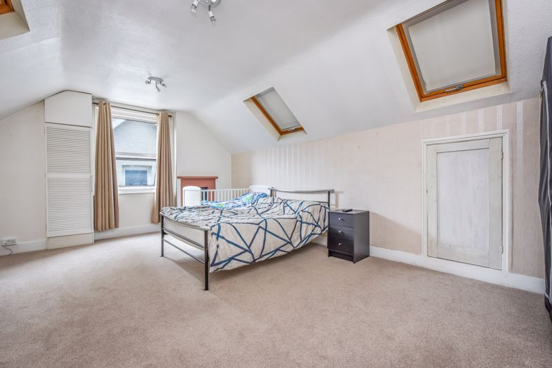 4 bed house to rent in Alexandra Road 5
