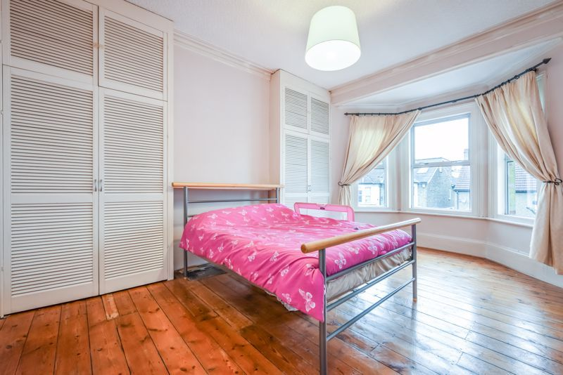 4 bed house to rent in Alexandra Road 6