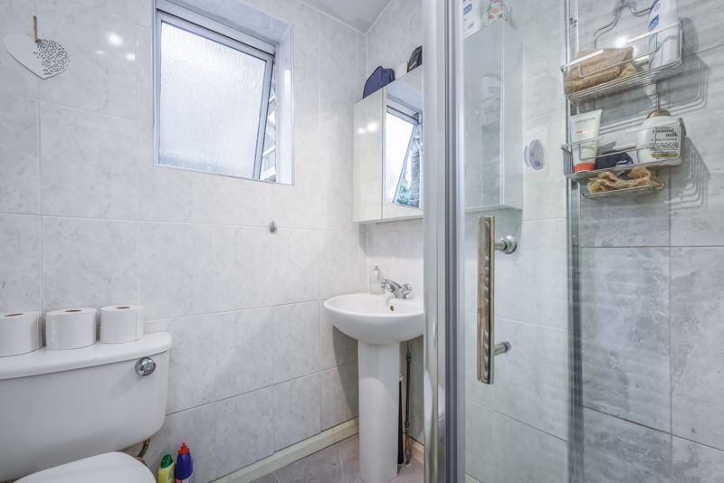 4 bed house to rent in Alexandra Road 8