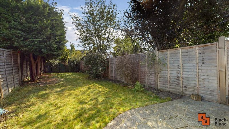 3 bed house for sale in Davidson Road 11