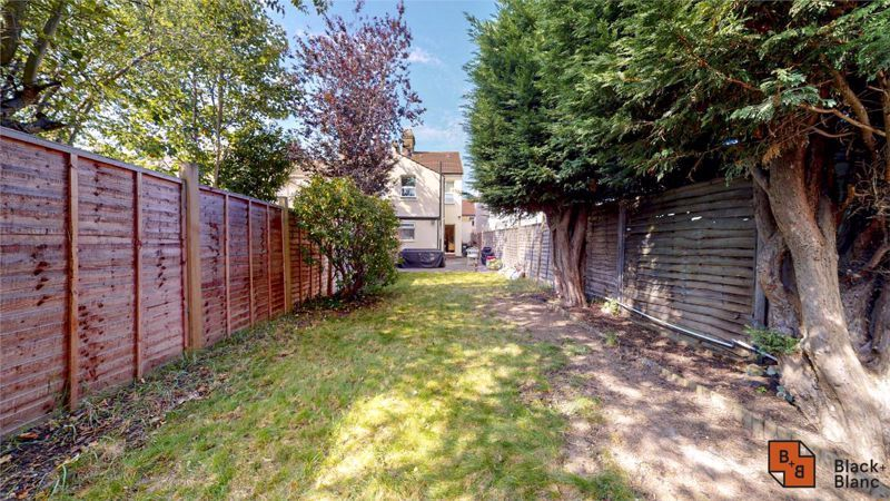 3 bed house for sale in Davidson Road 12