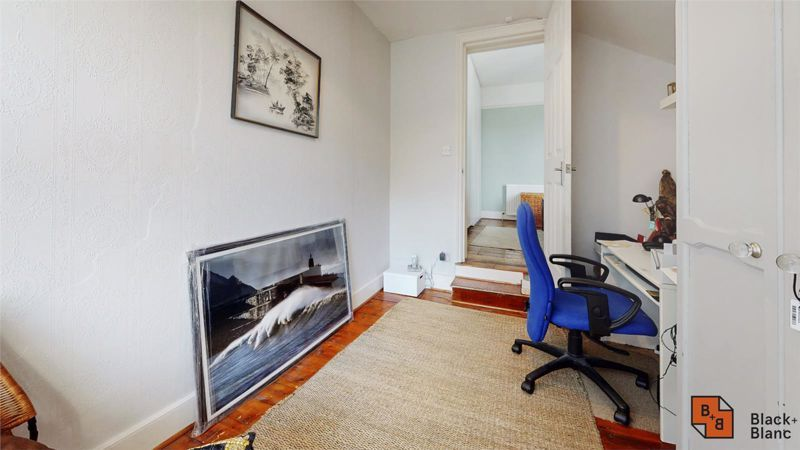 3 bed house for sale in Davidson Road 9
