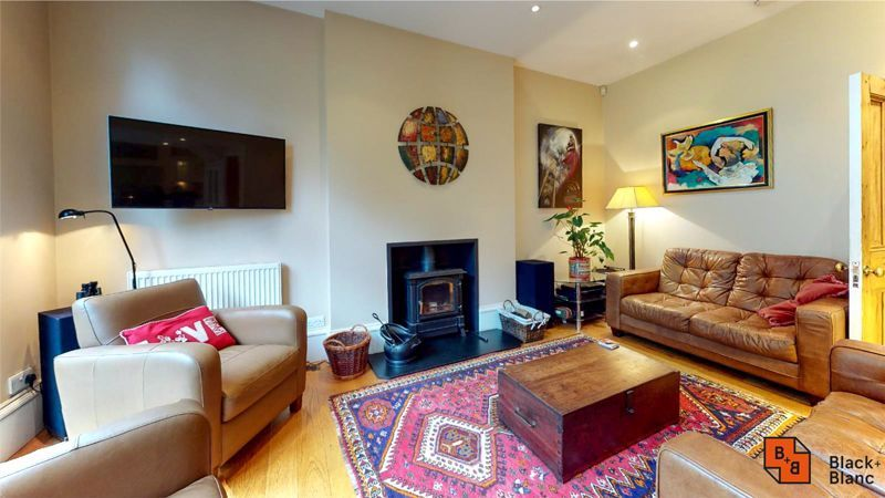 5 bed house for sale in South Park Hill Road  - Property Image 1