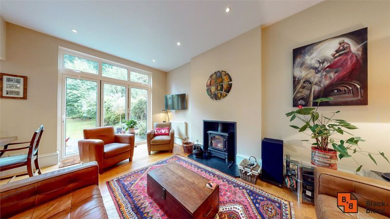 5 bed house for sale in South Park Hill Road  - Property Image 2