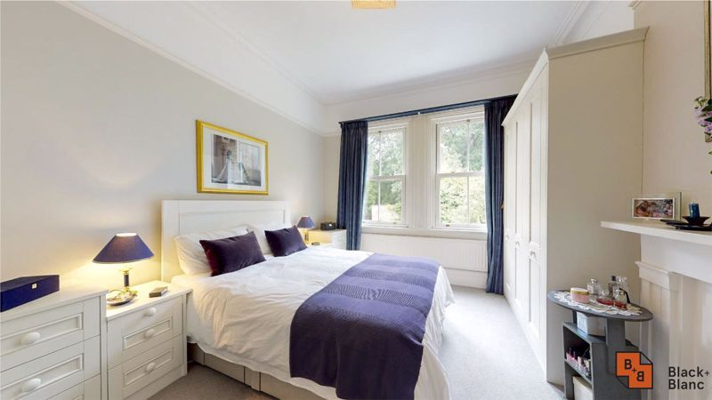 5 bed house for sale in South Park Hill Road 7
