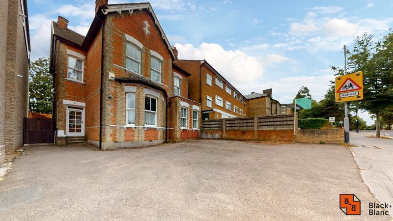 5 bed house for sale in South Park Hill Road  - Property Image 10