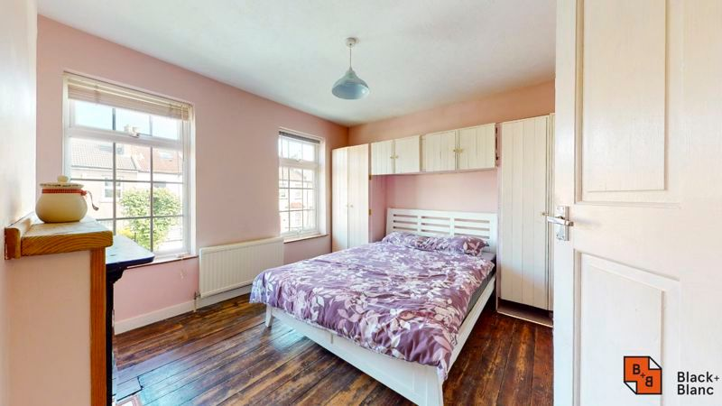 2 bed house to rent in Davidson Road 4