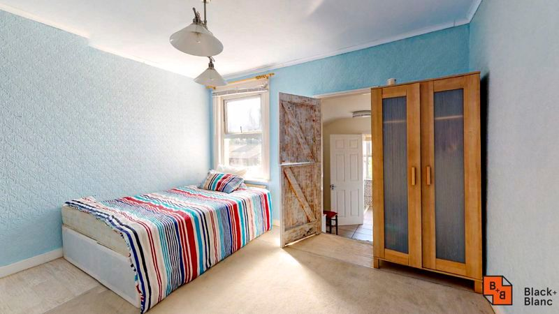 2 bed house to rent in Davidson Road  - Property Image 5