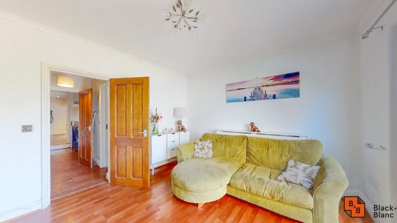 2 bed flat for sale in Dartnell Road, CR0