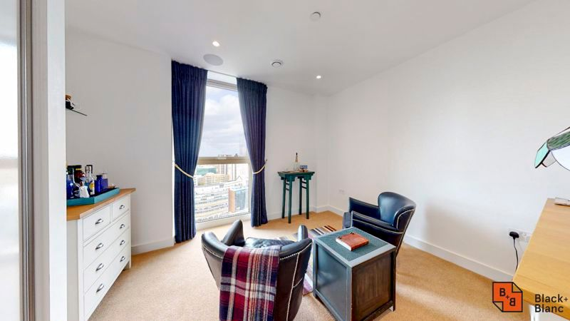 2 bed flat for sale in Caithness Walk 6