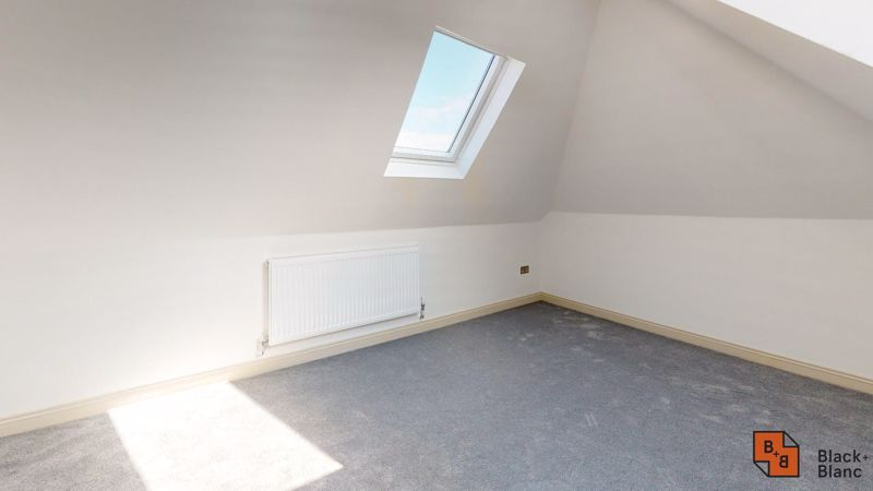 2 bed flat for sale in Northampton Road 6
