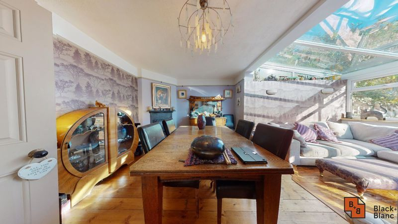 4 bed house for sale in Cypress Road  - Property Image 5