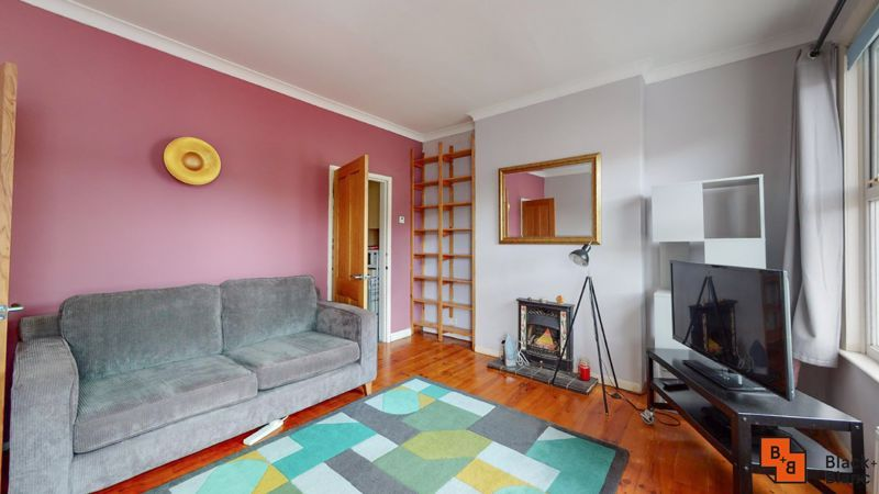 1 bed flat to rent in Davidson Road 3