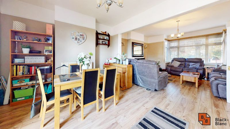 3 bed house for sale in Sydenham Road 2