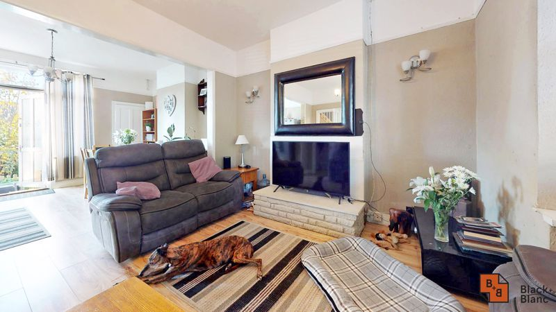 3 bed house for sale in Sydenham Road  - Property Image 4