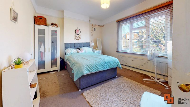 3 bed house for sale in Sydenham Road 8