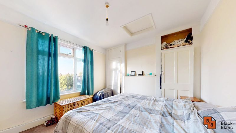 3 bed house for sale in Sydenham Road 9