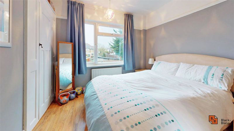 4 bed house for sale in Croft Avenue  - Property Image 11
