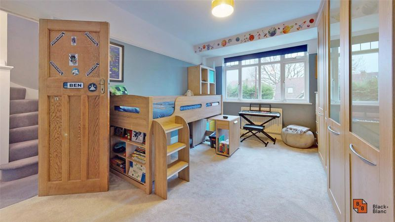 4 bed house for sale in Croft Avenue  - Property Image 13