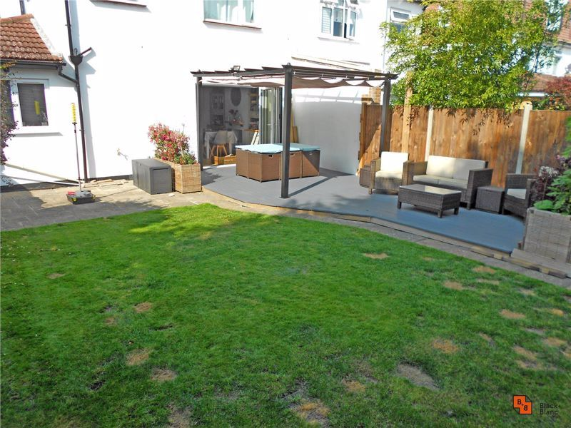 4 bed house for sale in Croft Avenue  - Property Image 20