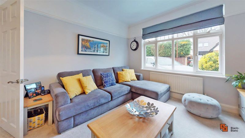 4 bed house for sale in Croft Avenue  - Property Image 8