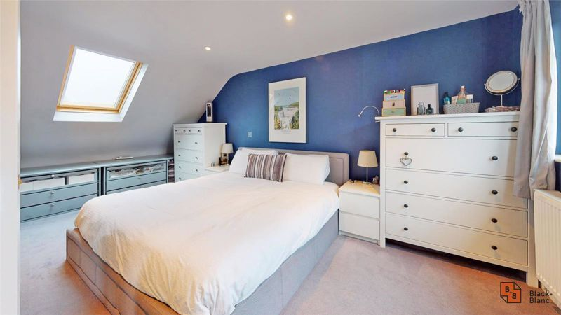 4 bed house for sale in Croft Avenue  - Property Image 10