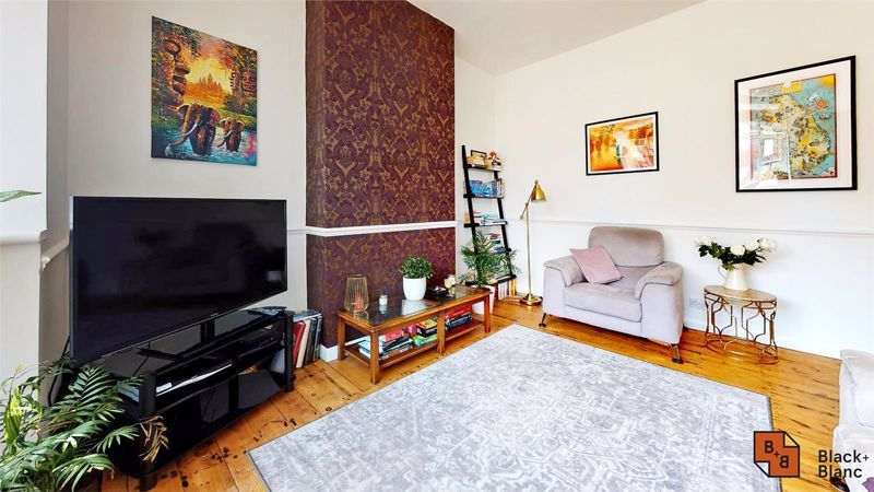 3 bed house for sale in Alexandra Road  - Property Image 2