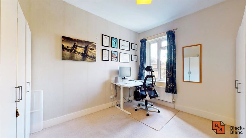 3 bed house for sale in Alexandra Road 11